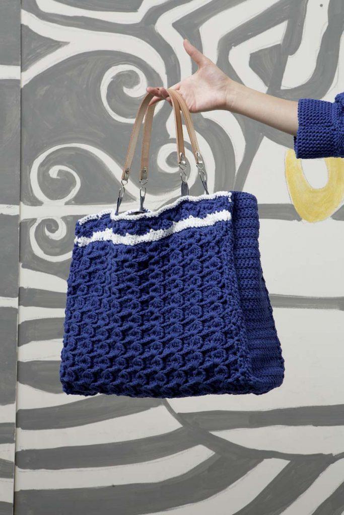 sac tricot bleu