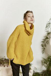 pull jaune tricot