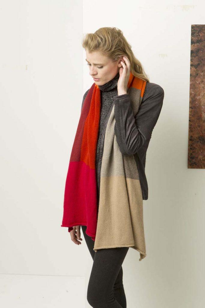 Modèle 11 Lang Yarns Design Studio