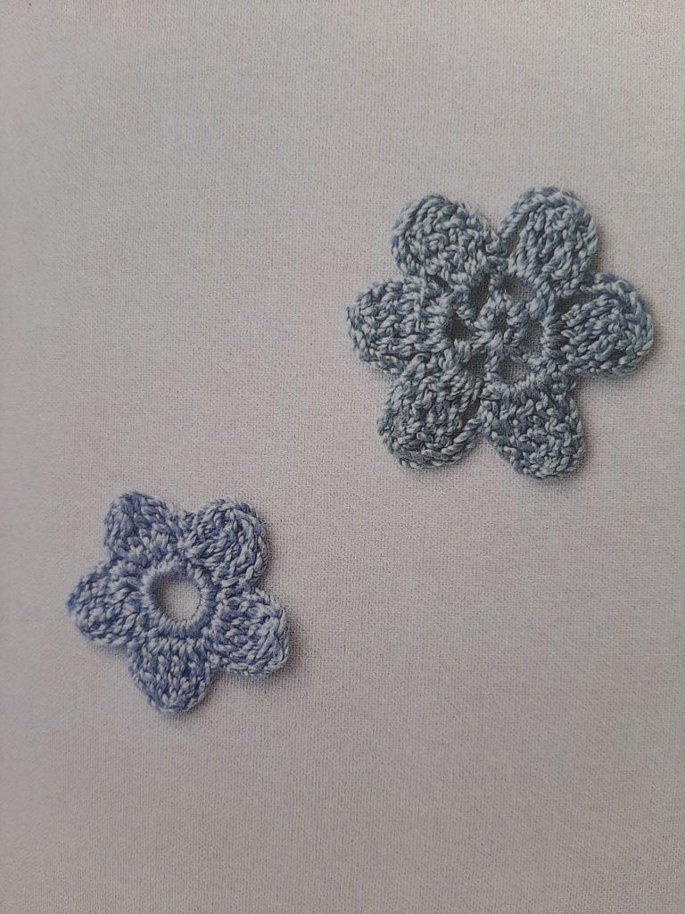 Fleurs à 5 et 6 pétales au crochet