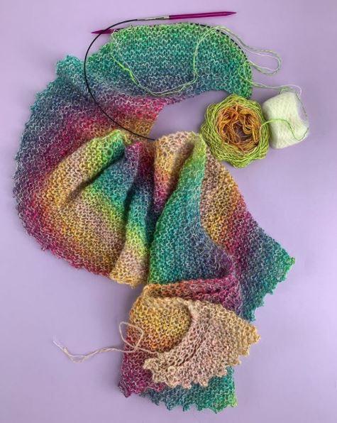 Modèle Linello et Lace de Lang Yarns