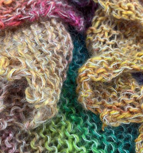 Linello et Lace de Lang Yarns tricotés ensemble