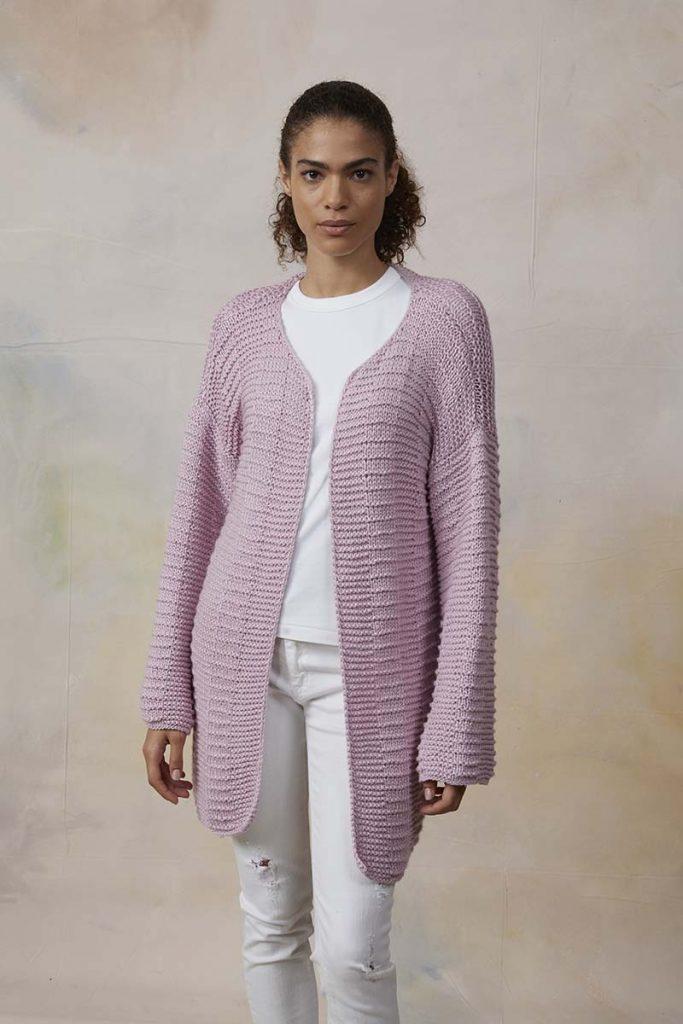 tricoter un gilet rose femme